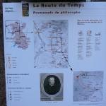 Panneau indiquant le sentier pour découvrir la maison natale de Pierre Gassendi