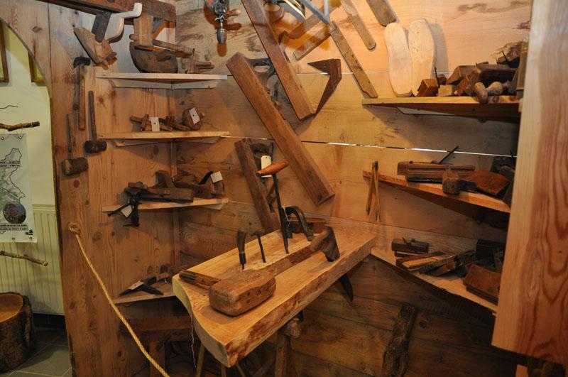 Musée maison du bois à Méolans Revel